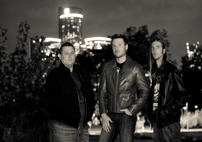 Detroit's Mike Leslie Band Bristles With Energy And Passion!