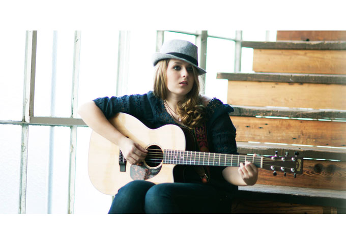 """Em Weeks: """"Turn Down The Radio"""" Showcases Her Strong, Sultry Voice"""