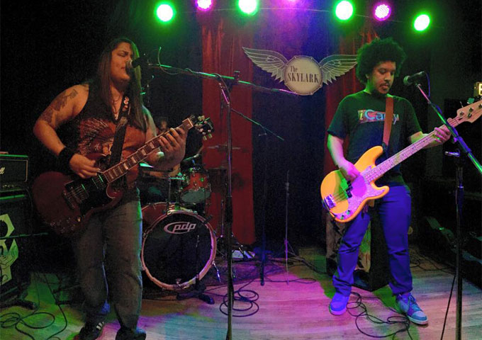 Suburban Vermin: 'Headless Over Heels' – is where riffs and rhythm are at their best!
