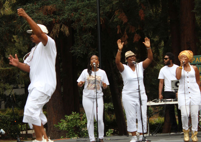 Prosperity Movement is an artful compilation of Reggae-Urban World fusion