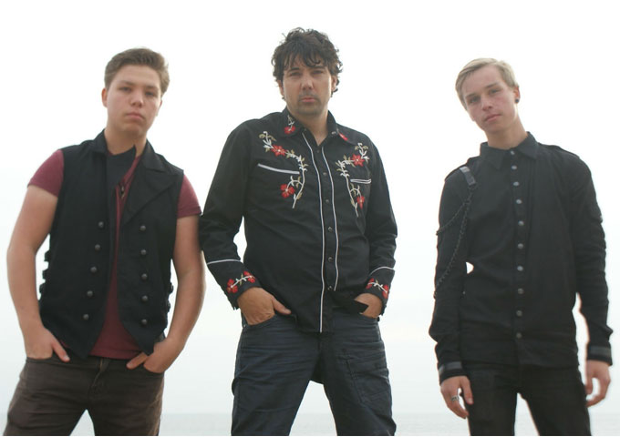 UK Rock Band Valley Of Kings helps Dementia Patients find their Mojo again