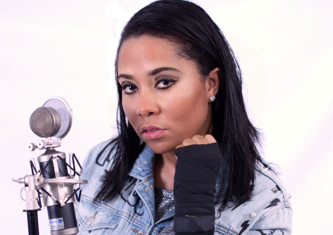 """Monique Defrance: """"Wild Ones"""" ft. Vee Tha Rula – very smooth, listenable and soulful"""