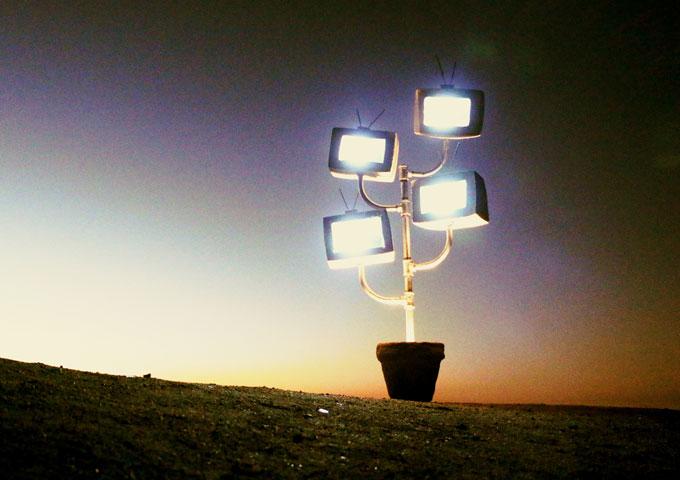 "Astroblue Express: ""Quarter to Somewhere"" – Five stars with no hesitation!"