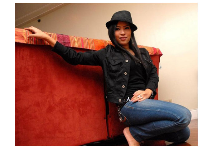DabriaLive Records Presents the heart and soul singer Anette Mendoza