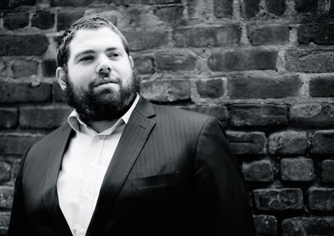 Aryeh Leib Hurwitz is a Brooklyn-based singer and cantor whose brilliant voice has been featured all over the world!