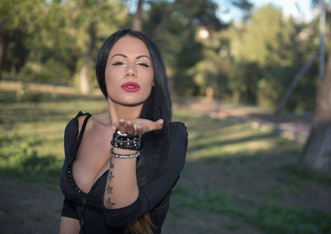 """Sabrina Matola – """"For you"""" – is fueled by the power and intensity of her voice"""