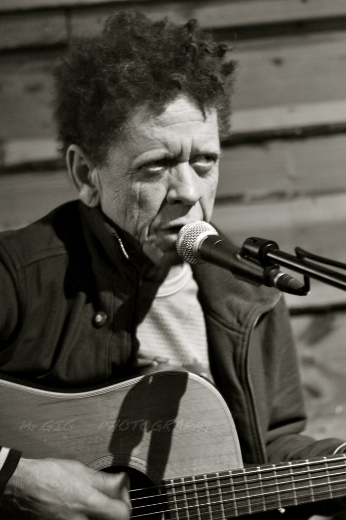 Blondie Chaplin: Art and Blues and Rock 'N' Roll!