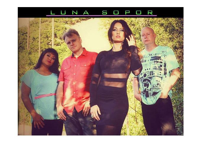 Luna Sopor: 'Cobalt' is raw emotion!