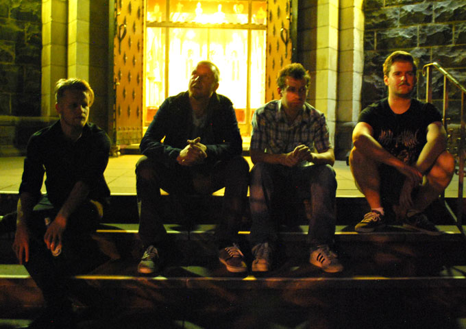 """Gecko Theory: """"Get Busy Livn'"""" – rock contained within a melodic framework"""