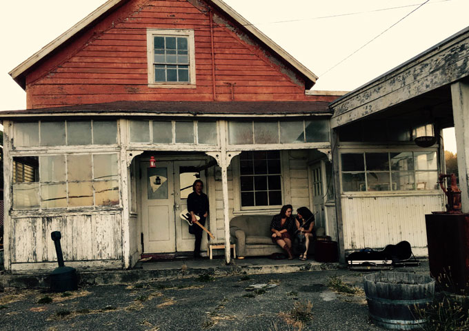 San Francisco-based band, The Muddy Roses will capture your attention with the new EP