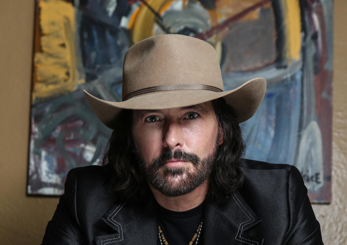"""Rick Monroe: """"Smoke Out the Window"""" – Balancing the swing of country, the grit of blues and the solid impact of rock"""