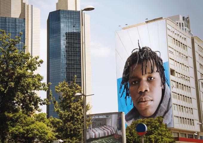 "French-Canadian Artist – El Yuc Releases His Debut Album ""L'album des clichés"""