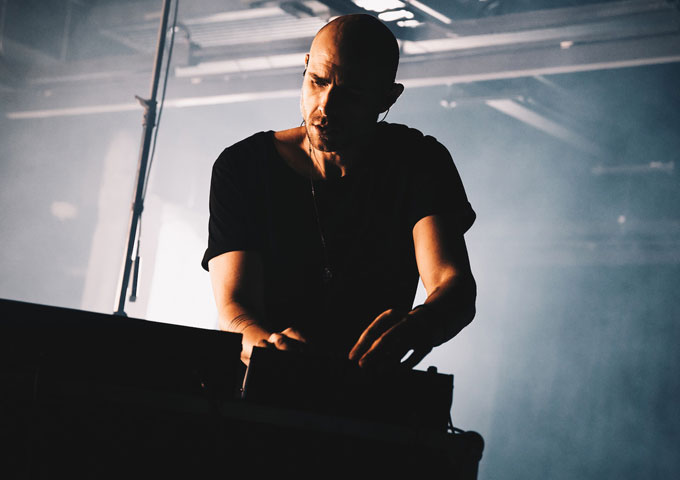 Multi-instrumentalist, DJ and electronic artist mredrollo has been focused on electronic music education since 2013